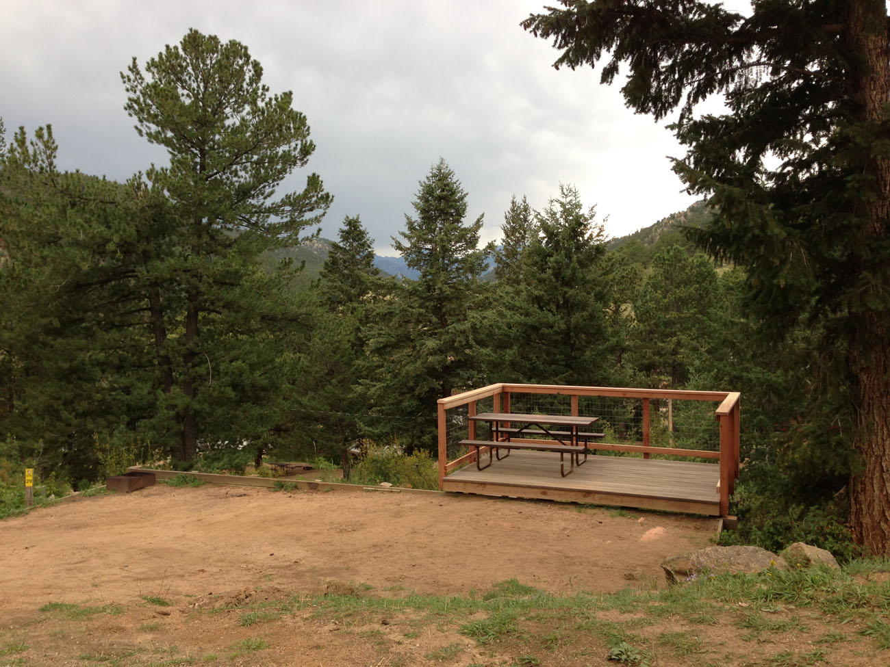 Campgrounds in estes park camping near estes park for Camping grounds with cabins
